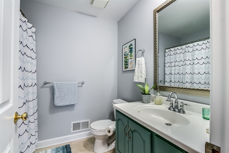 Real Estate Photography - 2911 Bodine Dr, Wilmington, DE, 19810 - Updated Hall Bath