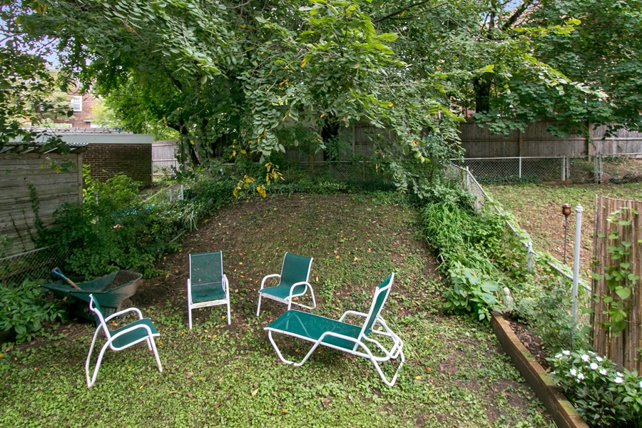 Real Estate Photography - 433 S Bancroft Pkwy, Wilmington, DE, 19805 - Private, fenced Rear Yard