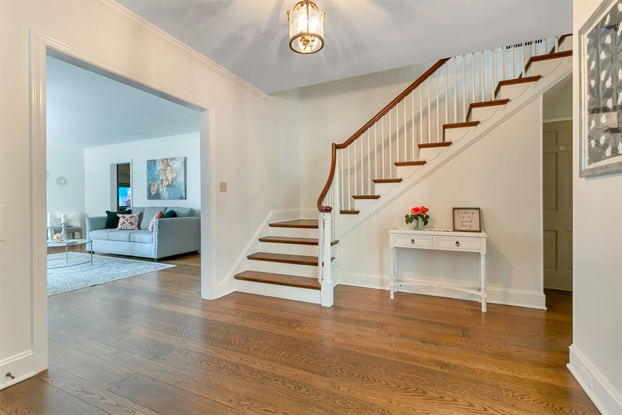 Real Estate Photography - 915 Westover Rd, Wilmington, DE, 19807 - Inviting Foyer