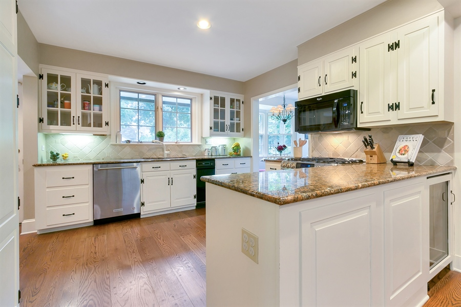 Real Estate Photography - 915 Westover Rd, Wilmington, DE, 19807 - Kitchen with Granite Counters