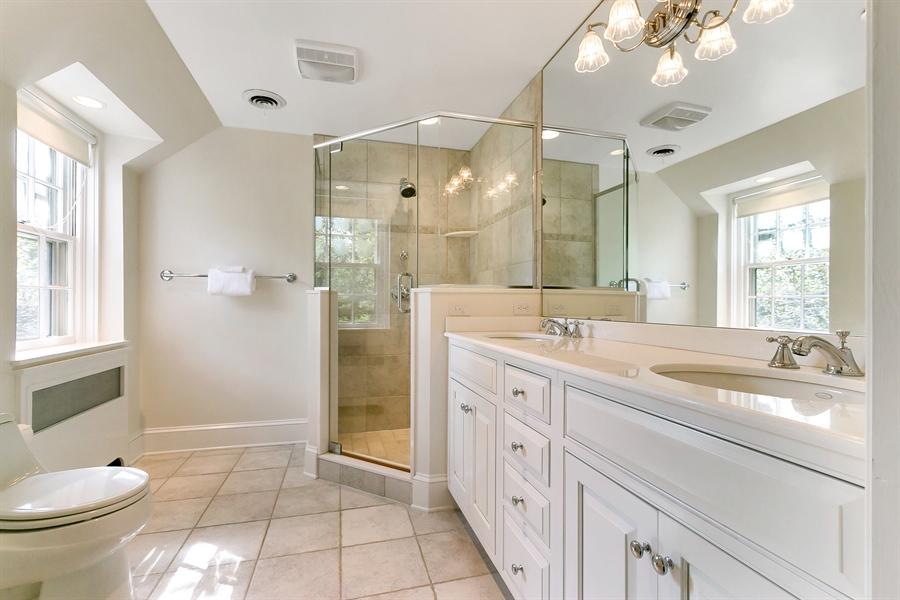Real Estate Photography - 915 Westover Rd, Wilmington, DE, 19807 - En Suite Bath