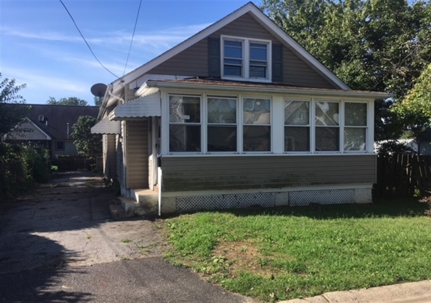 Real Estate Photography - 3906 Delaware St, Wilmington, DE, 19808 - Location 1