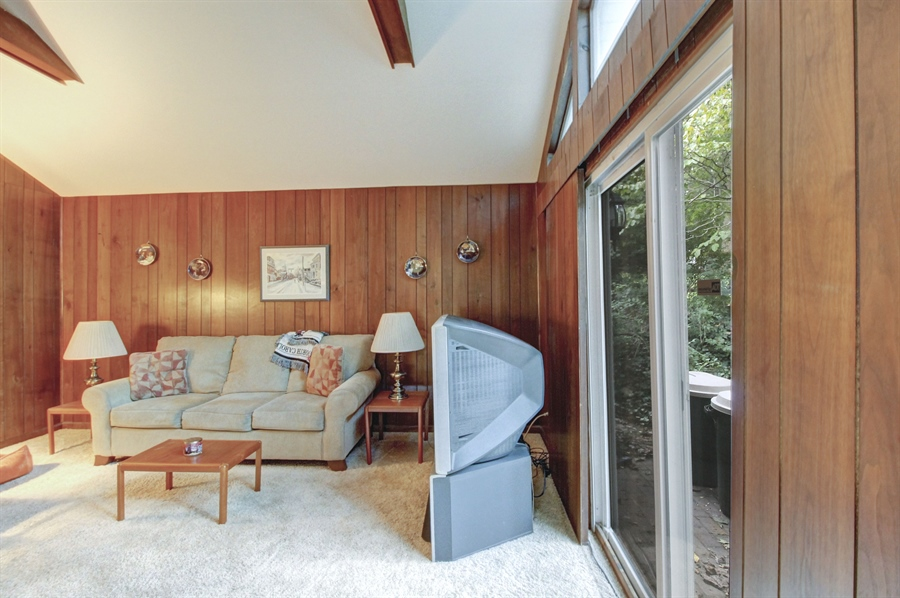 Real Estate Photography - 807 N Country Club Dr, Newark, DE, 19711 - Location 8