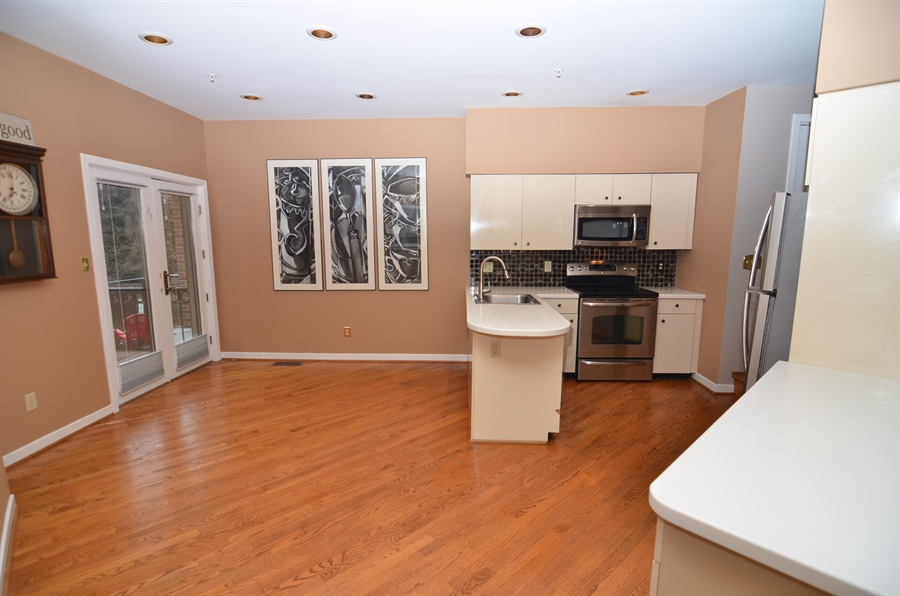 Real Estate Photography - 1219 Shallcross Ave, Wilmington, DE, 19806 - Eat-in Kitchen