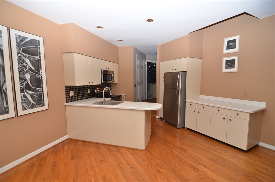 Real Estate Photography - 1219 Shallcross Ave, Wilmington, DE, 19806 - Kitchen