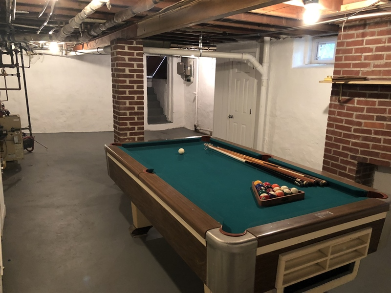 Real Estate Photography - 318 W 36th St, Wilmington, DE, 19802 - Walk-out basement