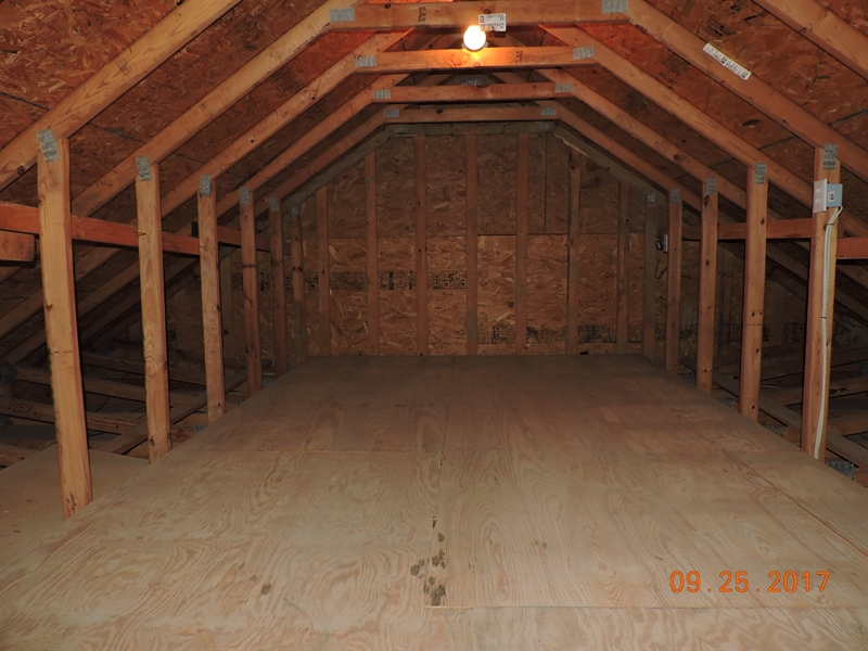 Real Estate Photography - 104 Dawn Ct, Middletown, DE, 19709 - Attic over garage