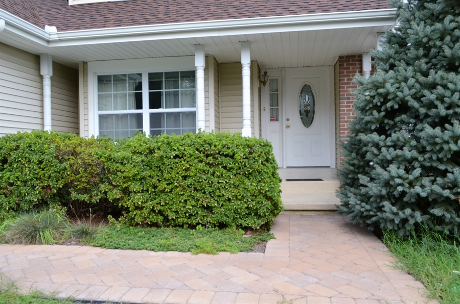 Real Estate Photography - 66 Springer Ct, Hockessin, DE, 19707 - New Paver walkway! Welcome Home!