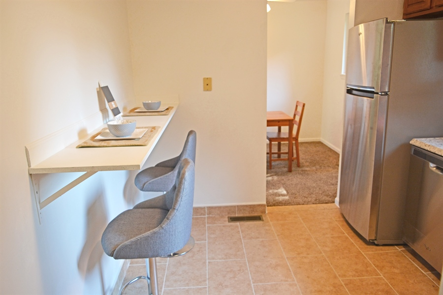 Real Estate Photography - 8 Melodic Dr, Newark, DE, 19713 - Breakfast Bar