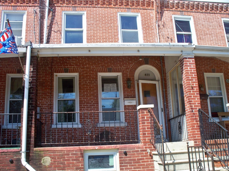 Real Estate Photography - 411 S Franklin St, Wilmington, DE, 19805 - Location 1