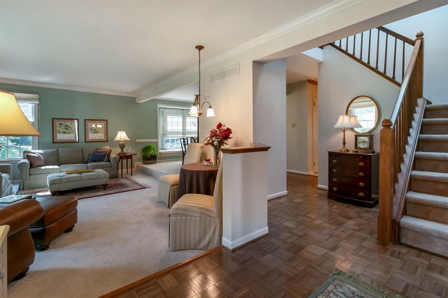 Real Estate Photography - 22 Harris Cir, Newark, DE, 19711 - Foyer
