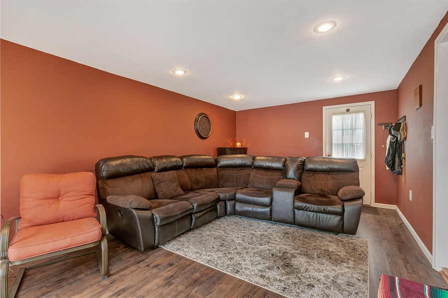 Real Estate Photography - 409 Rosewood Dr, Newark, DE, 19713 - Squeaky clean - all over the place