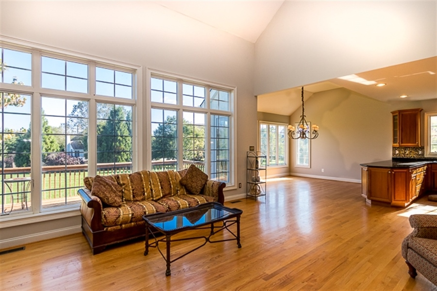 Real Estate Photography - 7 Derbyshire Way, Wilmington, DE, 19807 - Open layout loaded with windows
