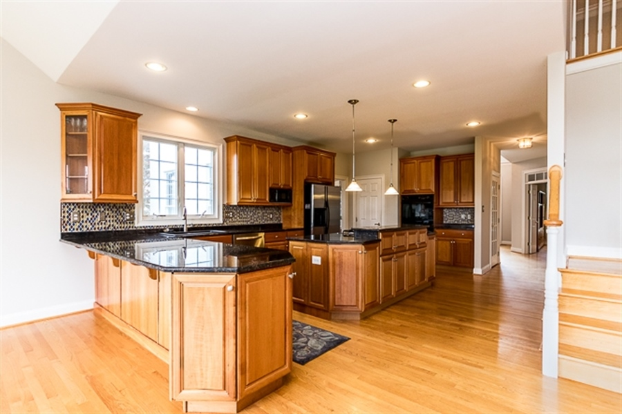 Real Estate Photography - 7 Derbyshire Way, Wilmington, DE, 19807 - ample cabinetry and granite counters