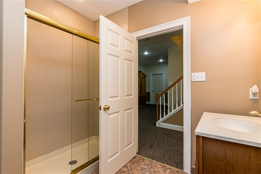 Real Estate Photography - 7 Derbyshire Way, Wilmington, DE, 19807 - full bath in finished basement