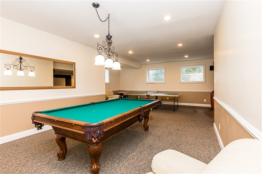 Real Estate Photography - 7 Derbyshire Way, Wilmington, DE, 19807 - plenty of room for game tables