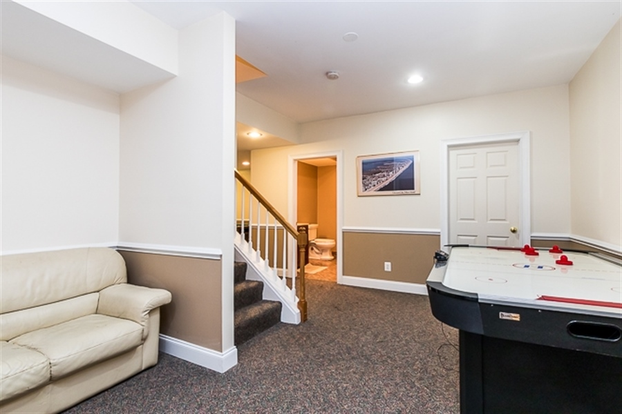 Real Estate Photography - 7 Derbyshire Way, Wilmington, DE, 19807 - basement landing from the stairs