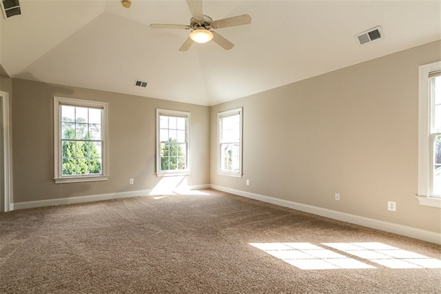 Real Estate Photography - 7 Derbyshire Way, Wilmington, DE, 19807 - Master bedroom with tray ceiling and new carpet