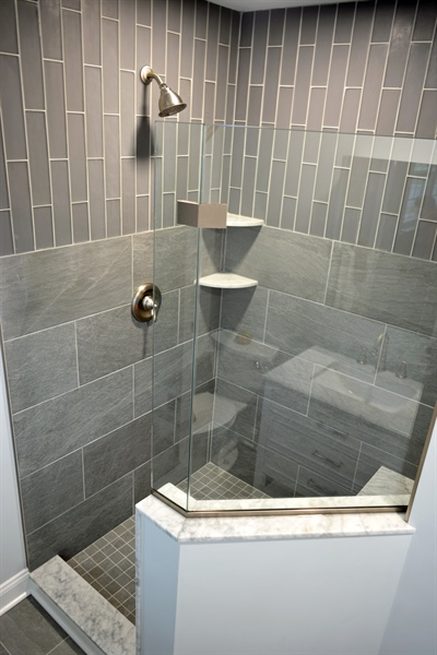 Real Estate Photography - 807 Dallam Rd, Newark, DE, 19711 - Owners Bathroom