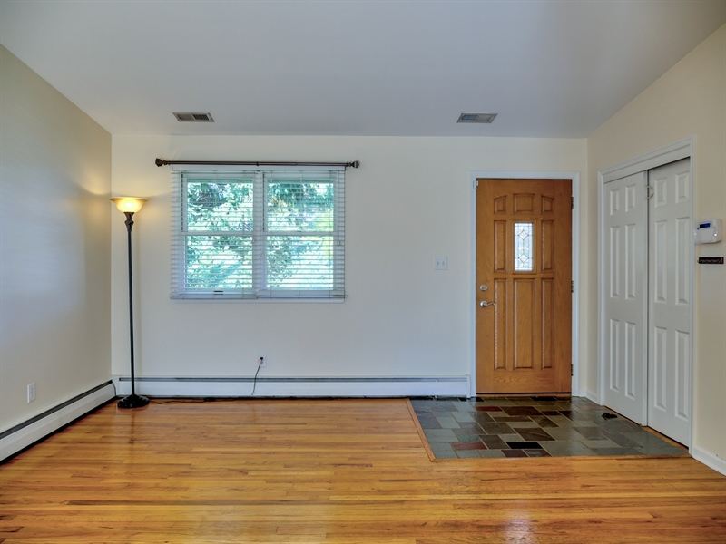 Real Estate Photography - 202 Lauren Dr, Wilmington, DE, 19804 - Location 2
