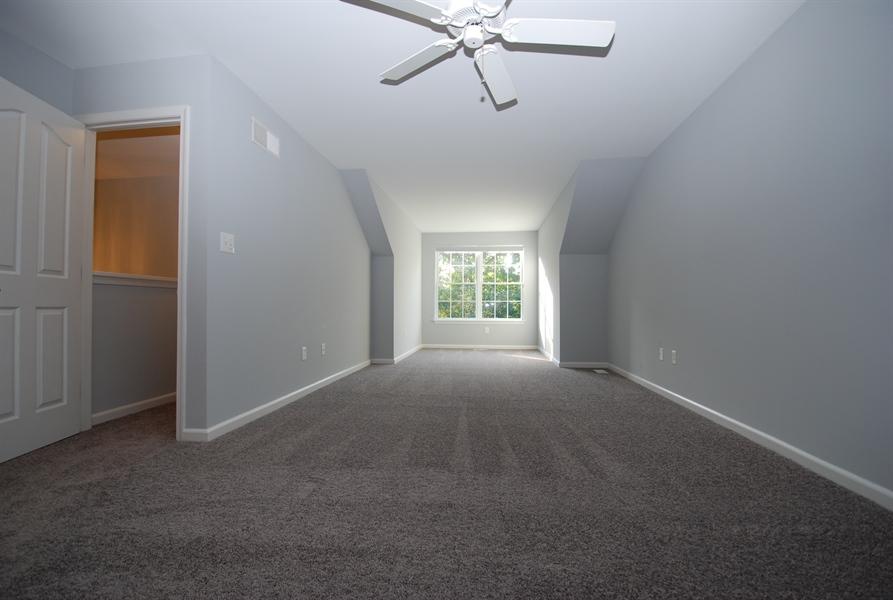 Real Estate Photography - 226 Gladstone Way, Bear, DE, 19701 - 2nd floor master suite