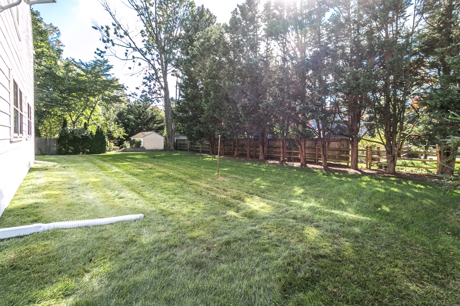 Real Estate Photography - 502 Brentwood Dr, Wilmington, DE, 19803 - Rear Yard