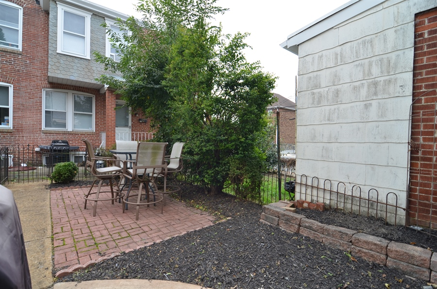 Real Estate Photography - 1832 W 11th St, Wilmington, DE, 19805 - Fenced in Rear Yard