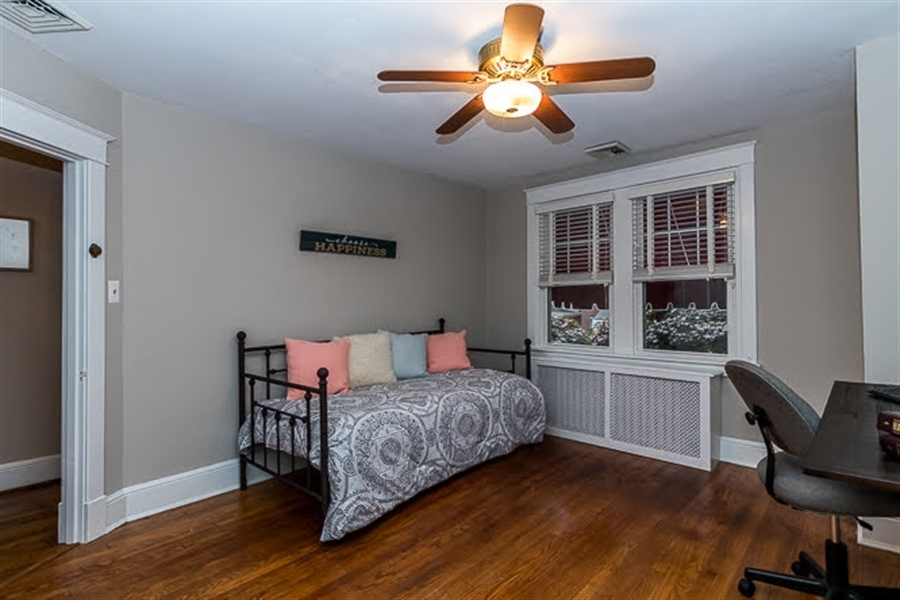 Real Estate Photography - 2417 W 18th St, Wilmington, DE, 19806 - Second bedrom is large and easy to furnish