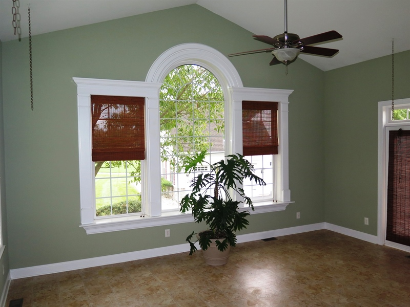 Real Estate Photography - 134 Cazier Dr, Middletown, DE, 19709 - Sun Room w/Cathedral Ceilings