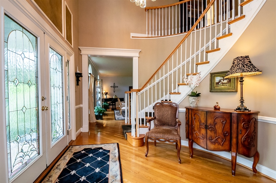 Real Estate Photography - 16 Withers Way, Hockessin, DE, 19707 - Impressive Foyer w/Spiral Staircase