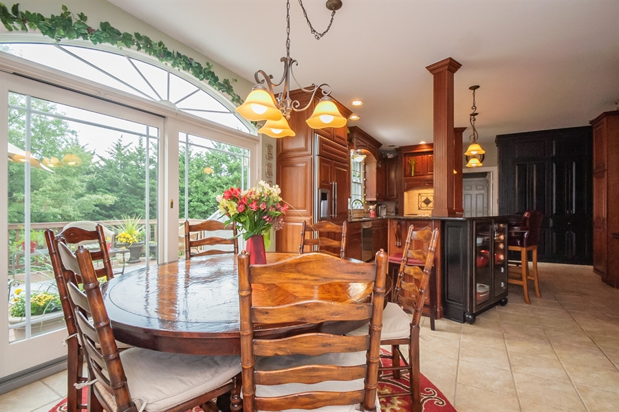 Real Estate Photography - 16 Withers Way, Hockessin, DE, 19707 - Dining Area in Kitchen