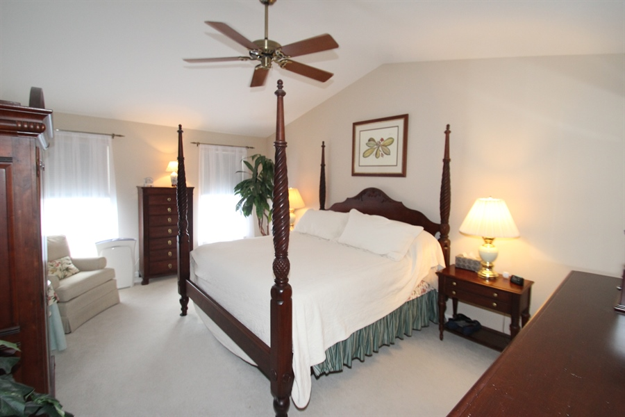Real Estate Photography - 4 Finn Ct, Newark, DE, 19702 - Master Bedroom