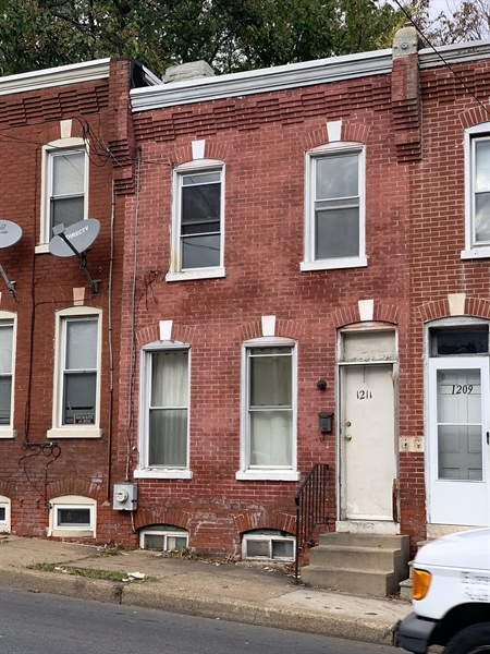 Real Estate Photography - 1211 W 2nd St, Wilmington, DE, 19805 - Location 1