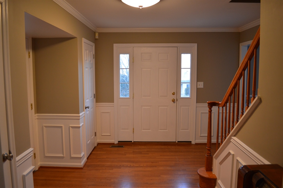 Real Estate Photography - 167 Ramunno Cir, Hockessin, DE, 19707 - Freshly Painted Entry; Pretty Wainscoting