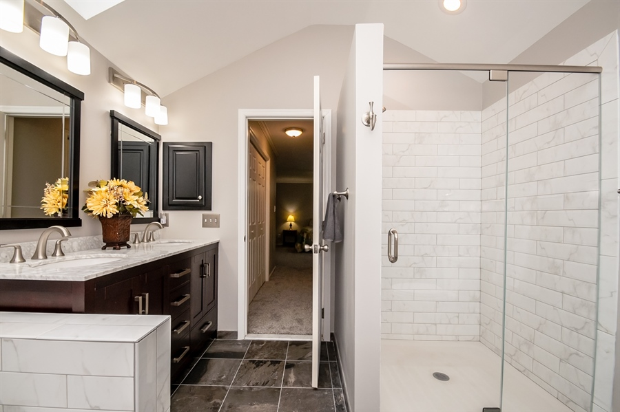 Real Estate Photography - 167 Ramunno Cir, Hockessin, DE, 19707 - Glass Enclosure Shower; Tile; High Vanities
