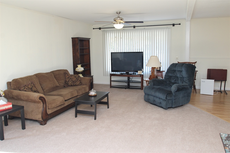 Real Estate Photography - 2512 Oldfield Point Rd, Elkton, MD, 21921 - Living Room