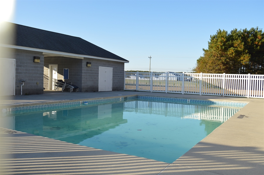 Real Estate Photography - 24593 Hollytree Cir, Georgetown, DE, 19947 - Community pool