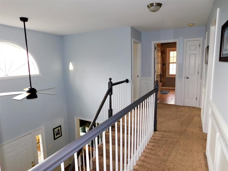 Real Estate Photography - 50 Willow Creek Ln, Newark, DE, 19711 - Upstairs hallway