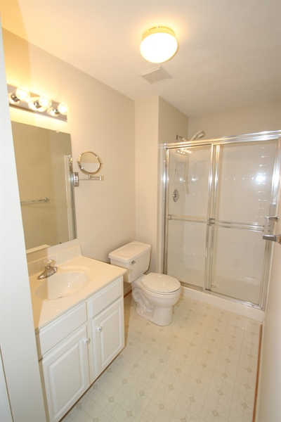 Real Estate Photography - 235 Thomas Jefferson Ter, Elkton, MD, 21921 - Lower Level Full Bath