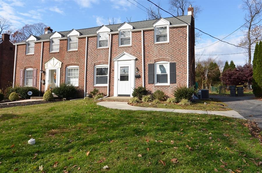 Real Estate Photography - 309 Taft Ave, Wilmington, DE, 19805 - Location 1