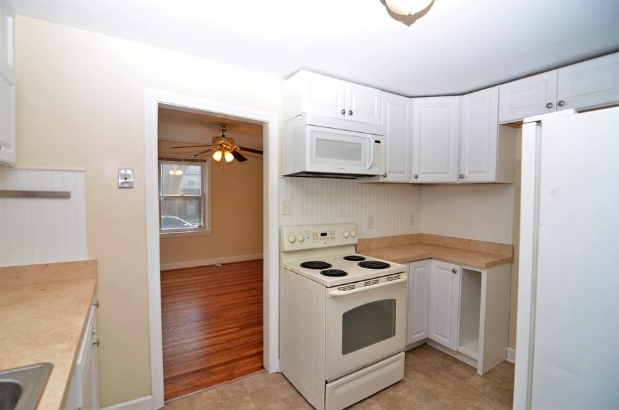 Real Estate Photography - 309 Taft Ave, Wilmington, DE, 19805 - Kitchen