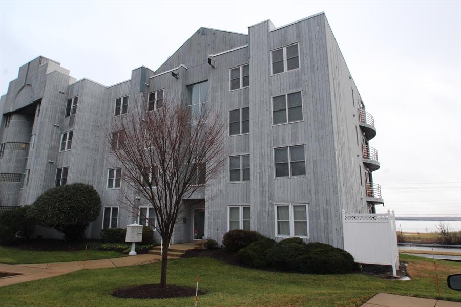 Real Estate Photography - 5215 Le Parc Drive #7, 7, Wilmington, DE, 19809 - Location 1
