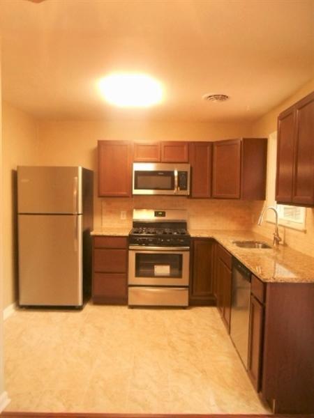 Real Estate Photography - 2115 Peachtree Dr, Wilmington, DE, 19805 - Granite Counter Tops, Tile Floor & Backsplash...