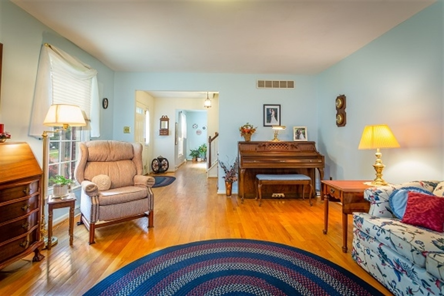 Real Estate Photography - 5 Signal Hill Dr, Hockessin, DE, 19707 - Large Living Room