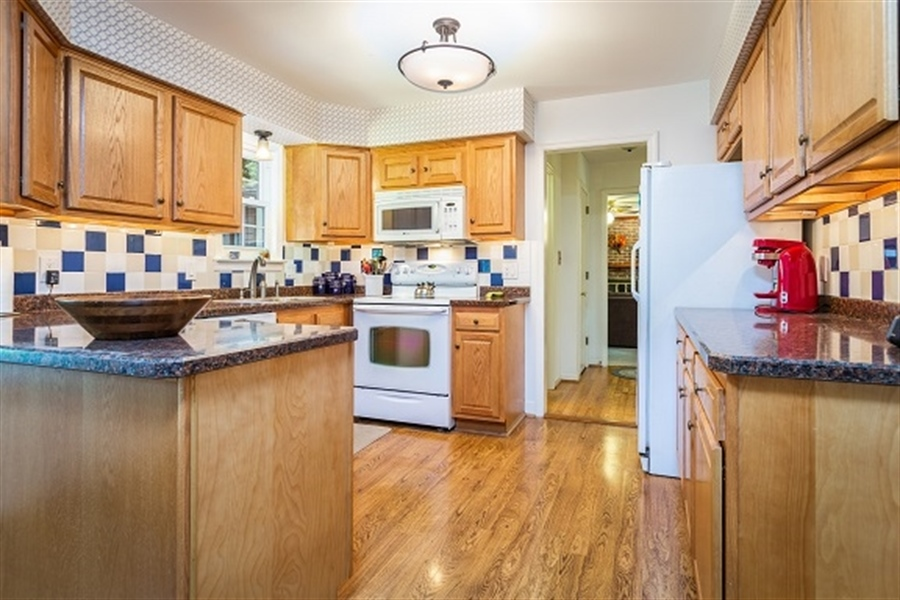 Real Estate Photography - 5 Signal Hill Dr, Hockessin, DE, 19707 - Updated Kitchen