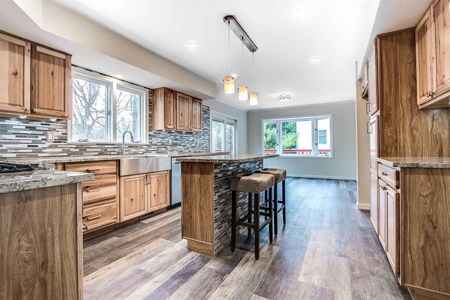 Real Estate Photography - 227 Hawkes Ct, Hockessin, DE, 19707 - Eat in Kitchen
