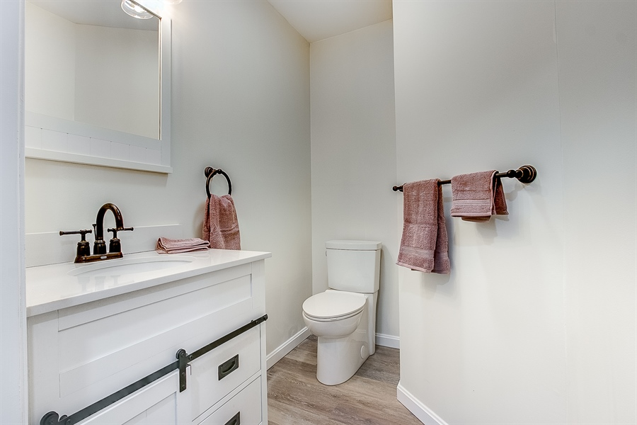 Real Estate Photography - 227 Hawkes Ct, Hockessin, DE, 19707 - Updated Powder Room