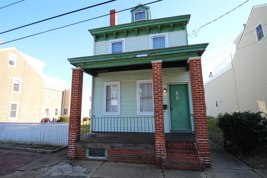 Real Estate Photography - 161 E 2nd St, New Castle, DE, 19720 - Location 6