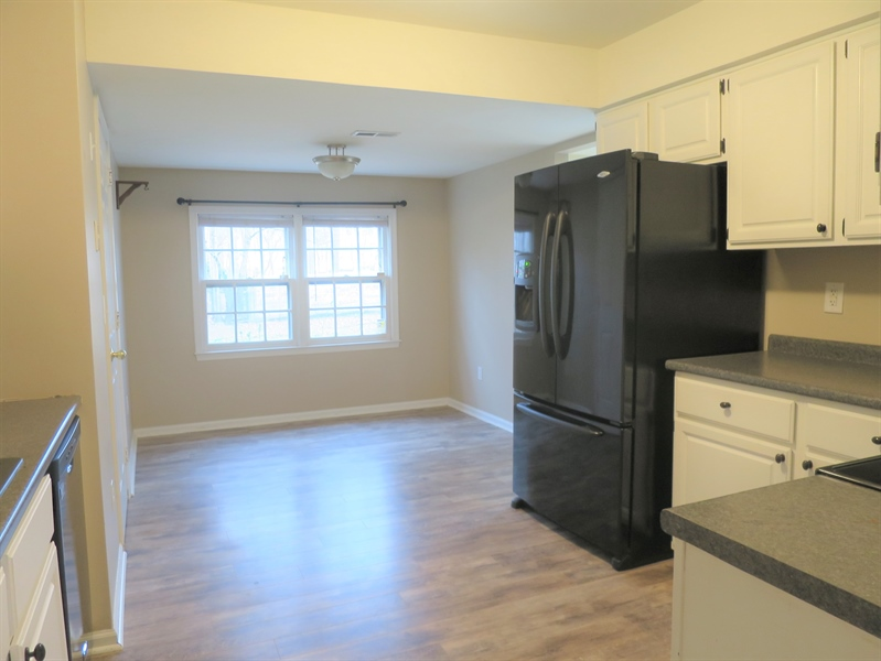 Real Estate Photography - 133 Meetinghouse Ln, Dover, DE, 19904 - Large kitchen w breakfast room