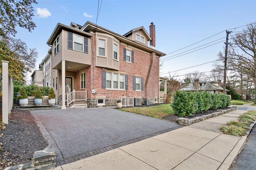 Real Estate Photography - 1801 Woodlawn Ave, Wilmington, DE, 19806 - Location 20